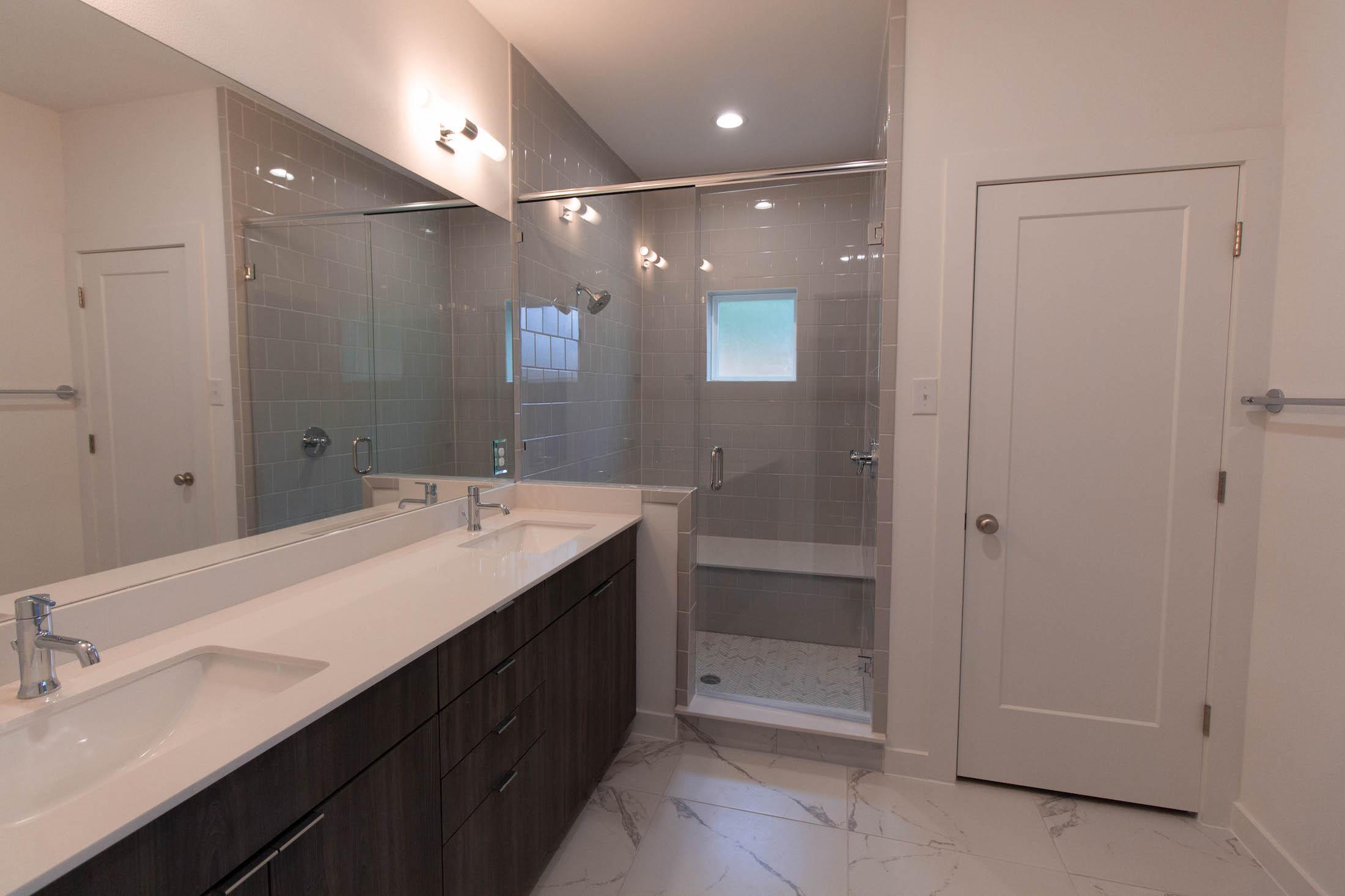 Bathroom Design (Custom Home Design): master bathroom vanity and walk in shower