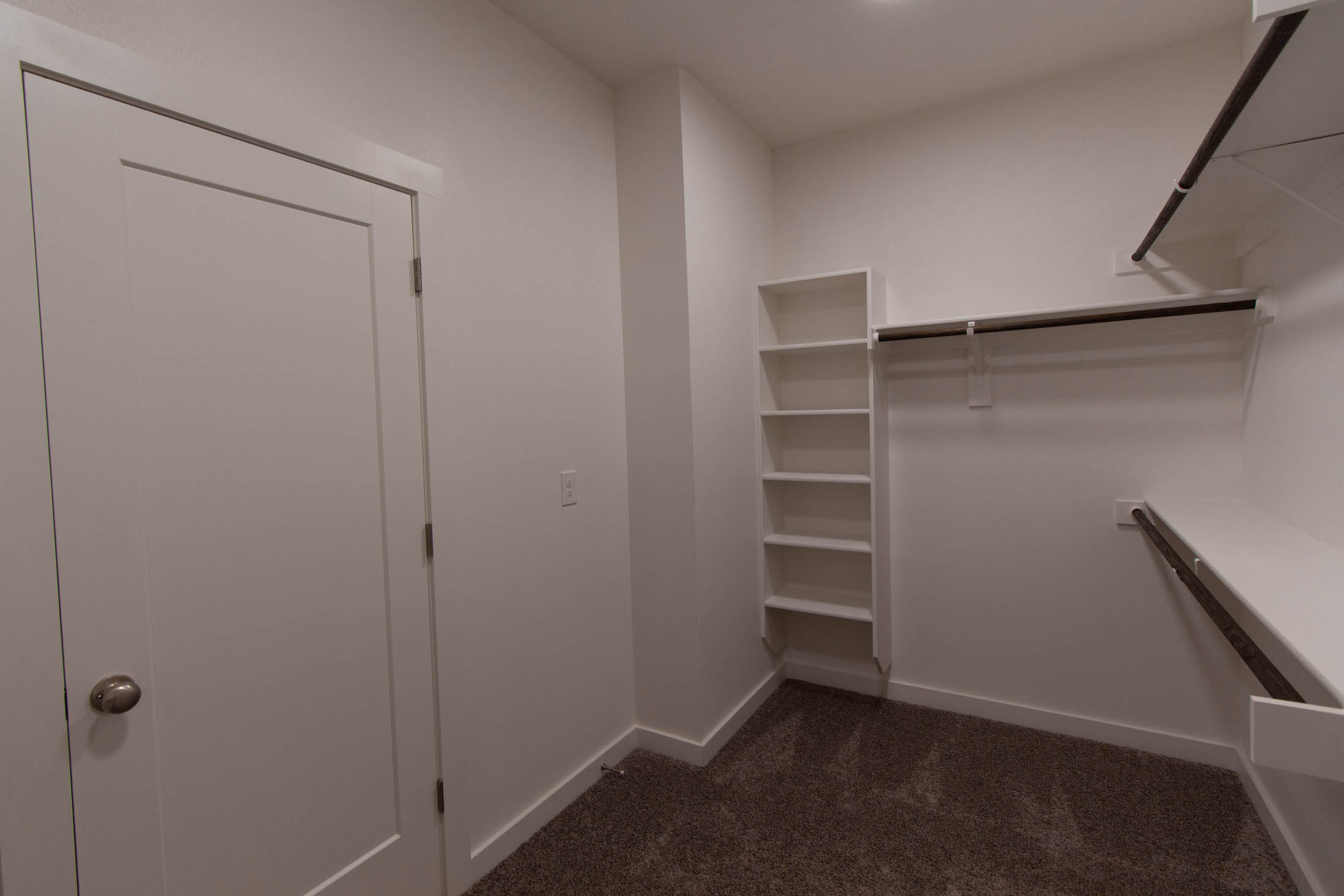 Bedroom Custom Home Design: Master Closet