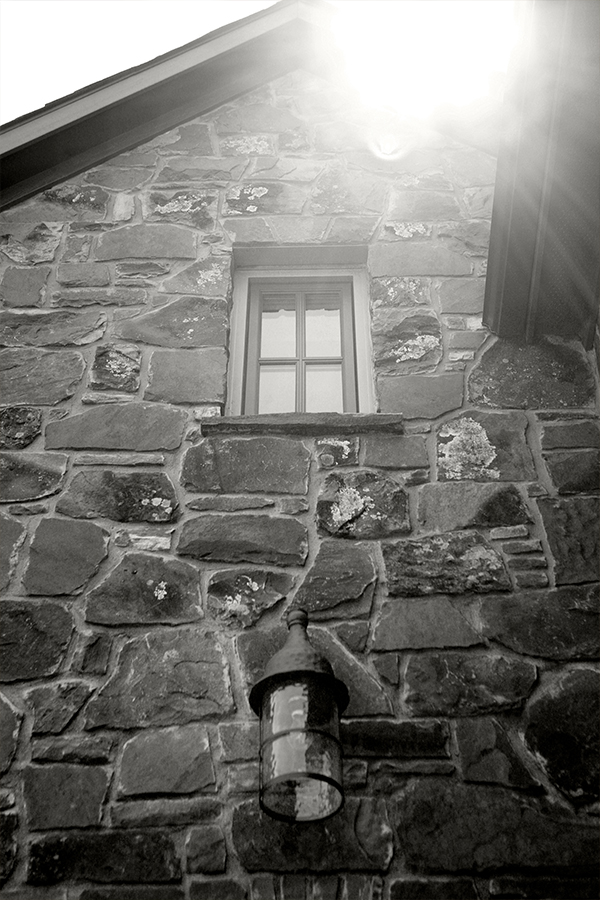 Home Design Accents: stone gable wall in the sunlight