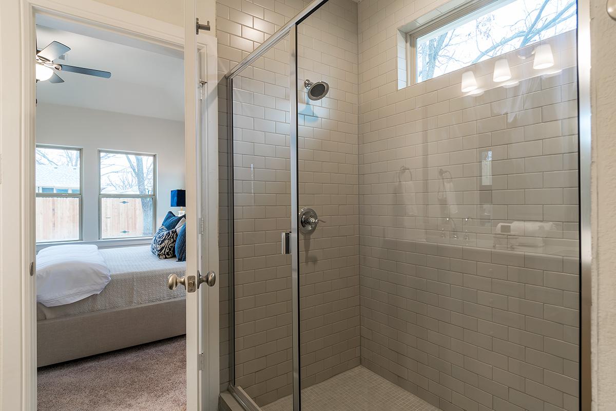Bathroom Design (Custom Texas Homes): master walk in shower