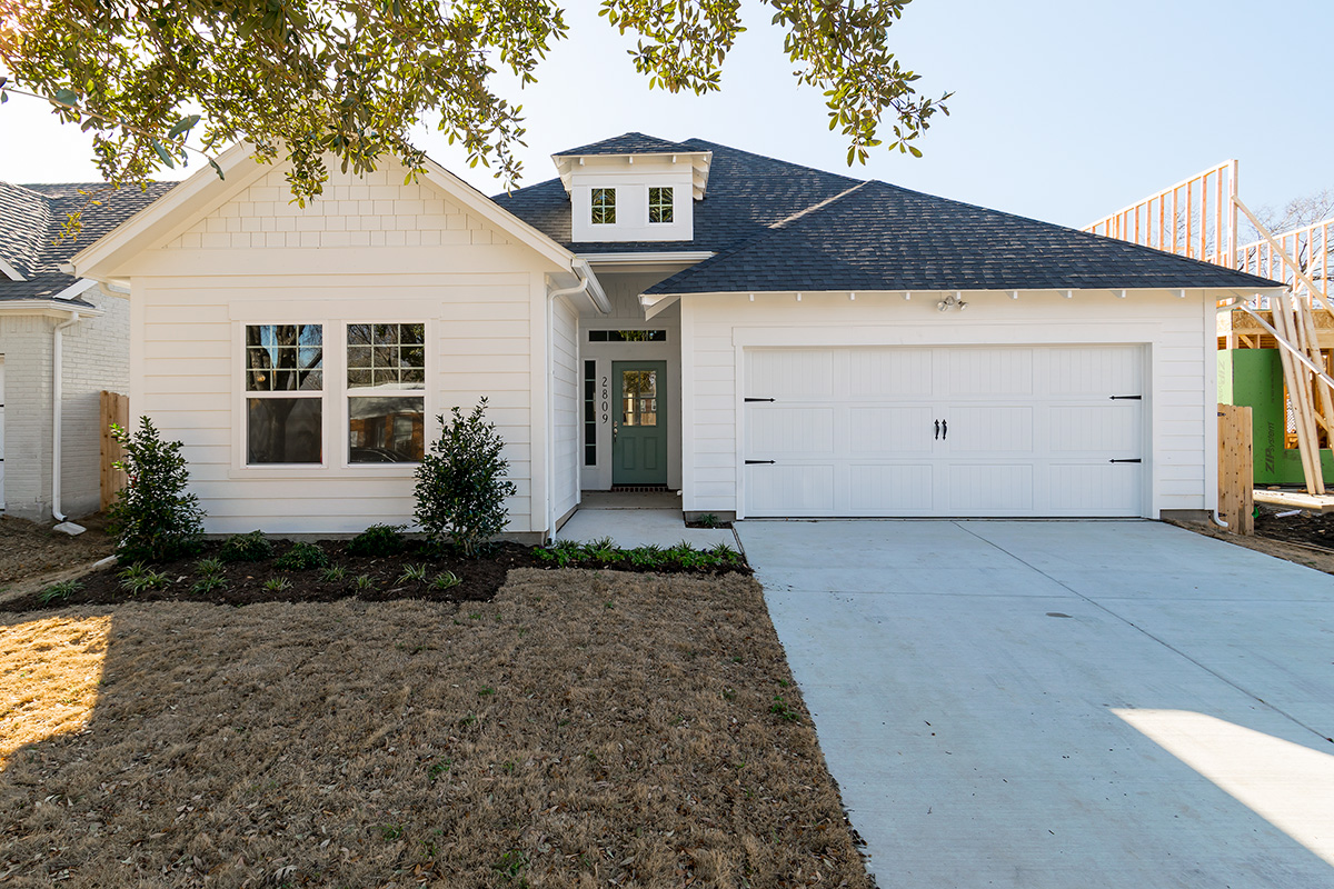 Exterior Home Design (North Texas): all white craftsman bungalow style